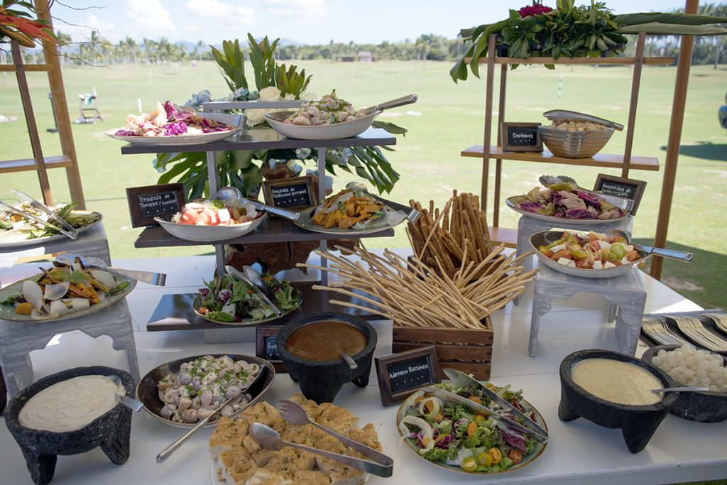 punta mita golf buffet